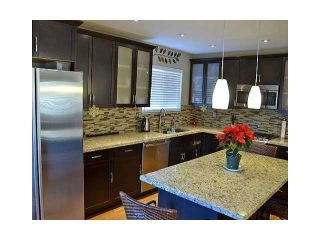 """Photo 3: 1904 KEITH Place in Coquitlam: River Springs House for sale in """"RIVER SPRINGS"""" : MLS®# V1037309"""