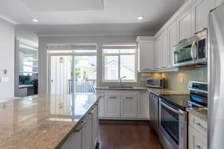 """Photo 6: 21 2925 KING GEORGE Boulevard in Surrey: Elgin Chantrell Townhouse for sale in """"Keystone"""" (South Surrey White Rock)  : MLS®# R2597652"""