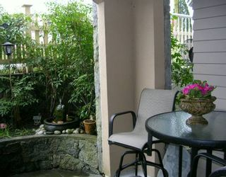 """Photo 4: 102 257 E KEITH RD in North Vancouver: Lower Lonsdale Townhouse for sale in """"MCNAIR PARK"""" : MLS®# V583707"""