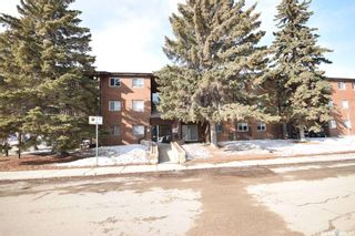 Photo 2: 5 9 Pearson Place in Saskatoon: Confederation Park Residential for sale : MLS®# SK845055
