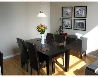 """Photo 3: 5 4178 DAWSON Street in Burnaby: Central BN Condo for sale in """"TANDEM"""" (Burnaby North)  : MLS®# V670510"""