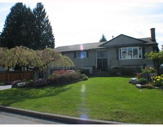 Photo 1: 2055 YEOVIL Avenue in Burnaby: Montecito House for sale (Burnaby North)  : MLS®# V706286