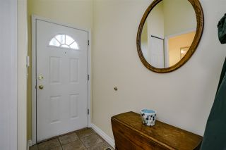 """Photo 3: 132 2998 ROBSON Drive in Coquitlam: Westwood Plateau Townhouse for sale in """"FOXRUN"""" : MLS®# R2360529"""