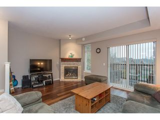 """Photo 3: 132 2000 PANORAMA Drive in Port Moody: Heritage Woods PM Townhouse for sale in """"MOUNTAINS EDGE"""" : MLS®# R2223784"""