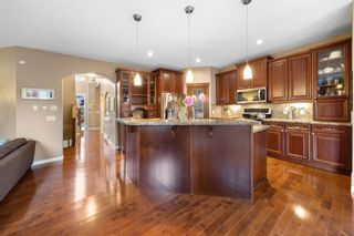 Photo 2: 17 Aspen Stone View SW in Calgary: Aspen Woods Detached for sale : MLS®# A1117073