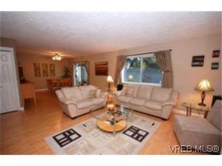Photo 2: 6 2871 Peatt Rd in VICTORIA: La Langford Proper Row/Townhouse for sale (Langford)  : MLS®# 483983