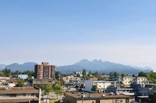 """Photo 9: 308 22318 LOUGHEED Highway in Maple Ridge: West Central Condo for sale in """"223 NORTH"""" : MLS®# R2447386"""