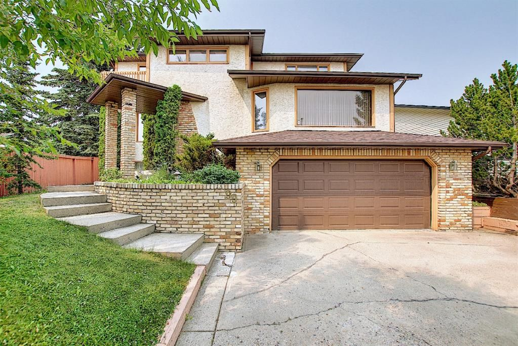 Main Photo: 99 Edgeland Rise NW in Calgary: Edgemont Detached for sale : MLS®# A1132254
