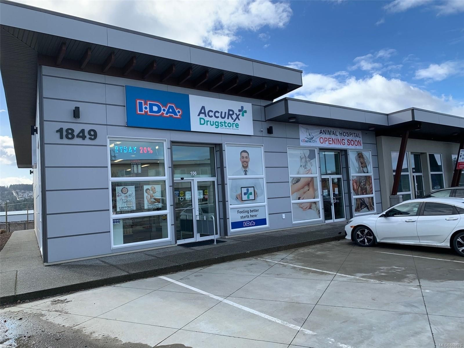 Main Photo: 102 1849 Dufferin Cres in : Na Central Nanaimo Mixed Use for lease (Nanaimo)  : MLS®# 869876