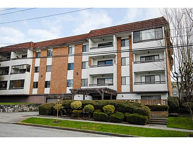 Main Photo: # 211 515 ELEVENTH ST in New Westminster: Uptown NW Condo for sale : MLS®# V1100230
