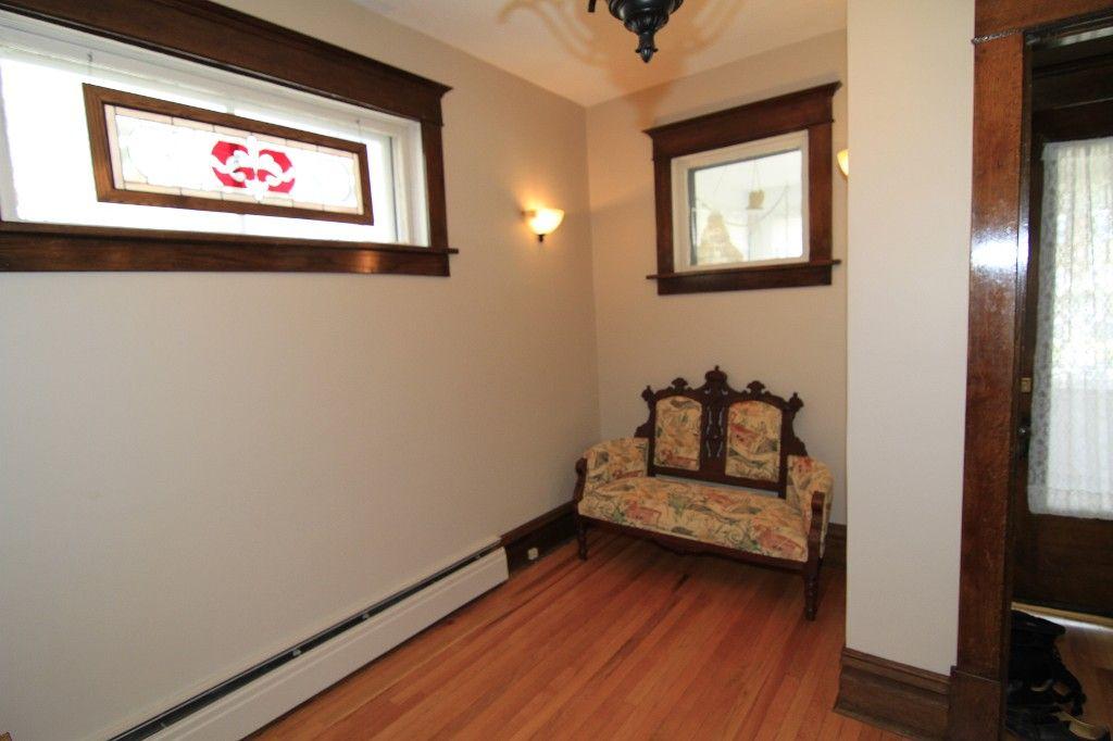 Photo 7: Photos: 118 Home Street in Winnipeg: Wolseley Duplex for sale (West Winnipeg)  : MLS®# 1308790