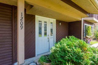 Photo 2: 1209 TEXADA Street in Coquitlam: New Horizons House for sale : MLS®# R2303617