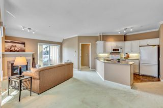 "Photo 15: 404 1685 152A Street in Surrey: King George Corridor Condo for sale in ""SUNCLIFF PLACE"" (South Surrey White Rock)  : MLS®# R2552186"