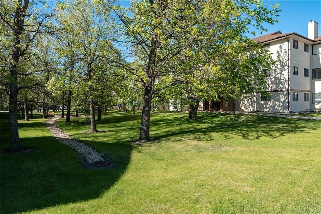 Photo 13: Photos: 312 693 St Anne's Road in Winnipeg: River Park South Condominium for sale (2E)  : MLS®# 202112087