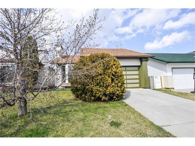 Photo 14: Photos: 24 CEDARGROVE Road SW in Calgary: Cedarbrae House for sale : MLS®# C4111523
