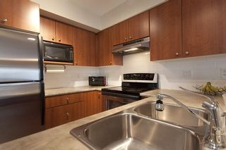 """Photo 10: 8 7503 18TH Street in Burnaby: Edmonds BE Townhouse for sale in """"SOUTHBOROUGH"""" (Burnaby East)  : MLS®# V795972"""