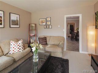 Photo 2: 512 Gore St in VICTORIA: Es Old Esquimalt House for sale (Esquimalt)  : MLS®# 712426