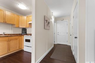 Photo 3: 2 2060 Lorne Street in Regina: Downtown District Residential for sale : MLS®# SK854644