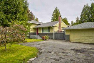 Photo 2: 686 GILCHRIST DRIVE in Tsawwassen: Tsawwassen Central House for sale ()  : MLS®# R2503558