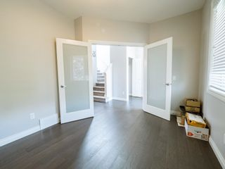 Photo 5: 5215 ADMIRAL WALTER HOSE Street in Edmonton: Zone 27 House for sale : MLS®# E4260055