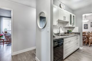 "Photo 3: 703 620 SEVENTH Avenue in New Westminster: Uptown NW Condo for sale in ""Charter House"" : MLS®# R2431459"