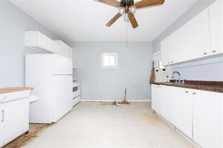 Photo 13: 427 College Avenue in Winnipeg: North End Residential for sale (4A)  : MLS®# 202110127