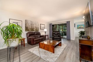 Photo 8: 103 1875 Lansdowne Rd in : SE Camosun Condo for sale (Saanich East)  : MLS®# 871773