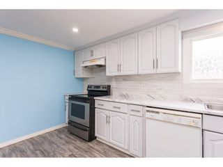 """Photo 5: 19 41639 LOUGHEED Highway in Mission: Dewdney Deroche Manufactured Home for sale in """"Evergreen Estates Mobile Home Park"""" : MLS®# R2611805"""