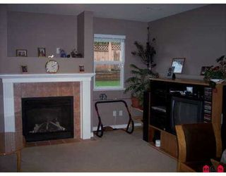 """Photo 5: 8263 MELBURN Drive in Mission: Mission BC House for sale in """"COLLEGE HEIGHTS"""" : MLS®# F2705365"""