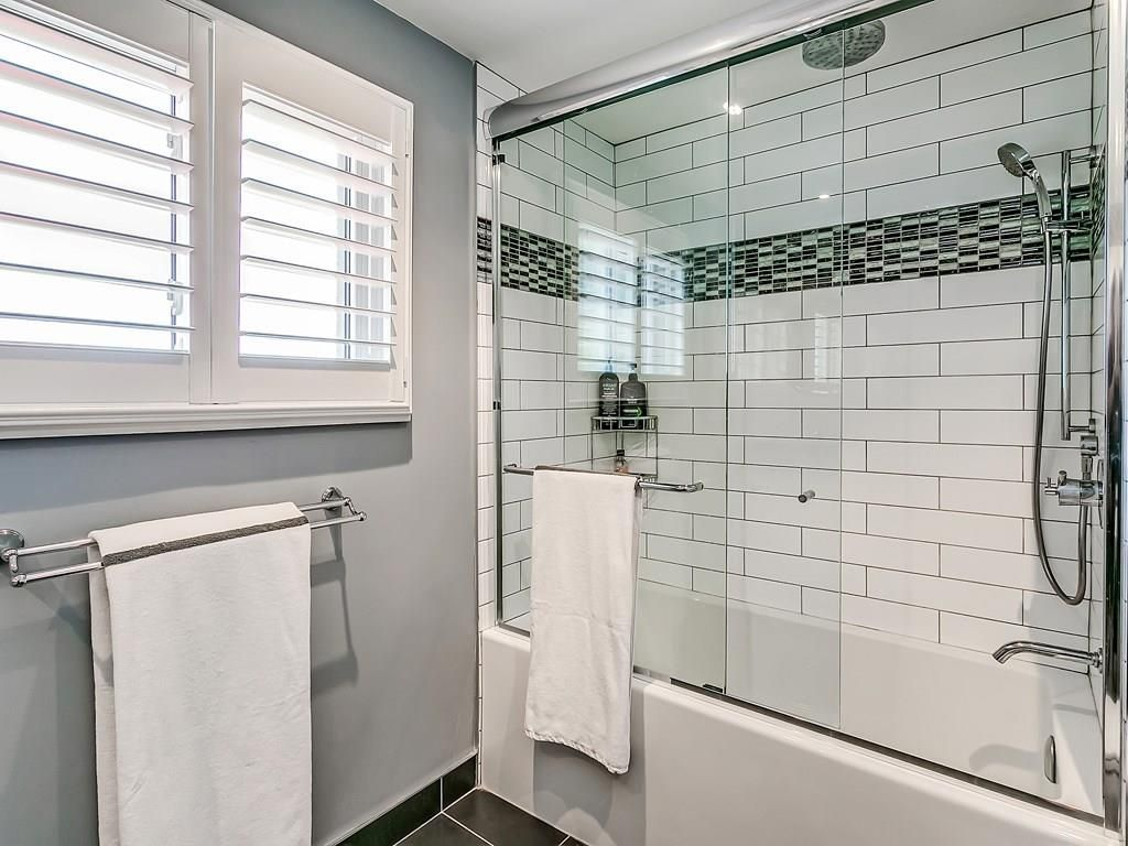 Photo 20: Photos: 2025 SUMMER WIND Drive in Burlington: Residential for sale : MLS®# H4030696