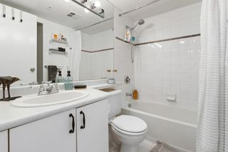 """Photo 19: 2208 438 SEYMOUR Street in Vancouver: Downtown VW Condo for sale in """"Conference Plaza"""" (Vancouver West)  : MLS®# R2610760"""