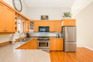 Photo 9: 8070 122A Street in Surrey: Queen Mary Park Surrey House for sale : MLS®# R2595536