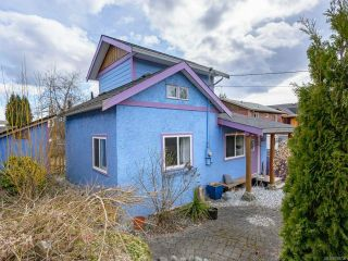 Photo 3: 3288 Second St in CUMBERLAND: CV Cumberland House for sale (Comox Valley)  : MLS®# 836736