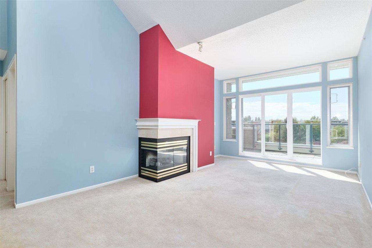"Main Photo: 422 5800 ANDREWS Road in Richmond: Steveston South Condo for sale in ""The Villas"" : MLS®# R2580384"