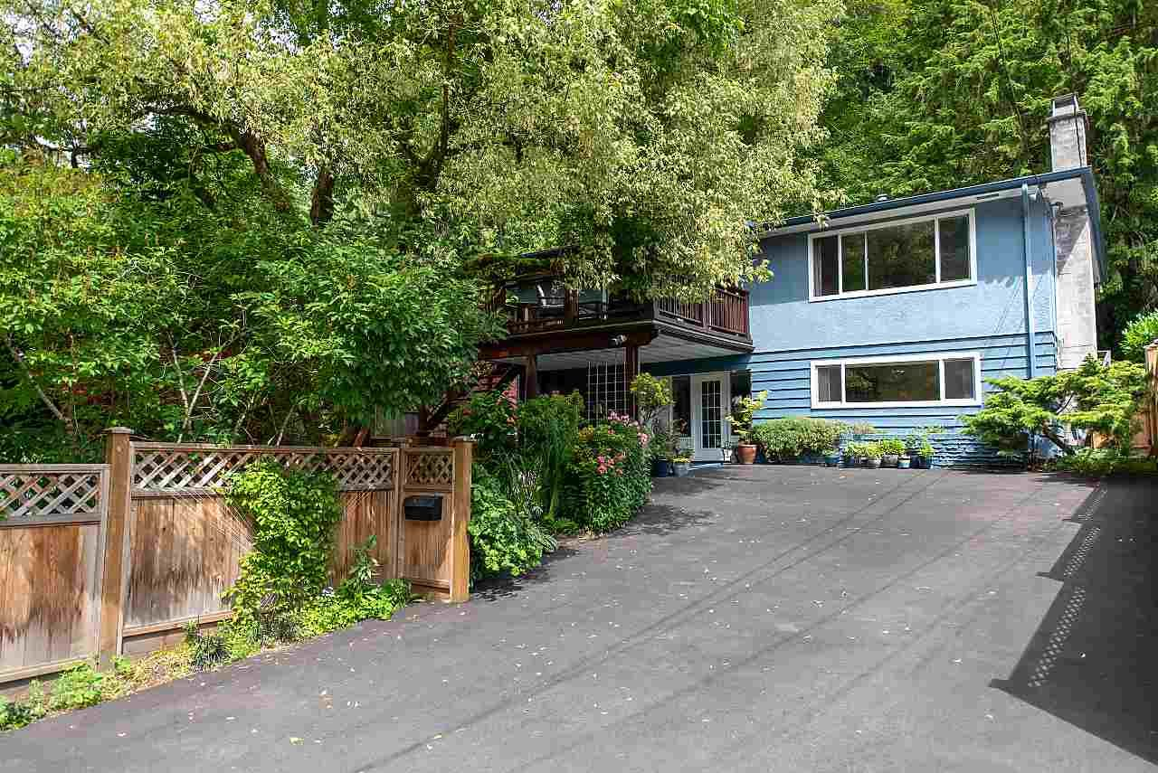 Main Photo: 1958 PARKSIDE Lane in North Vancouver: Deep Cove House for sale : MLS®# R2477680