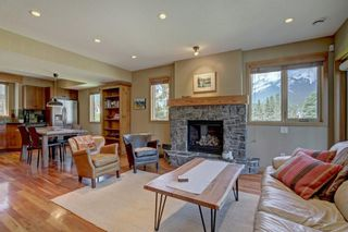Photo 2: 202 702 4th Street: Canmore Row/Townhouse for sale : MLS®# A1125774