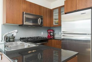Photo 4: 509 822 SEYMOUR Street in Vancouver: Downtown VW Condo for sale (Vancouver West)  : MLS®# R2580424