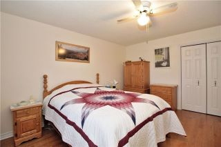Photo 10: 3 Illingworth Court in Aurora: Aurora Heights House (Backsplit 4) for sale : MLS®# N3802187