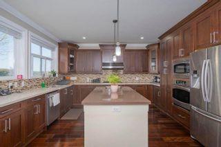 "Photo 13: 2188 MERLOT Boulevard in Abbotsford: Aberdeen House for sale in ""Pepin Brook Vineyard Estates"" : MLS®# R2575749"