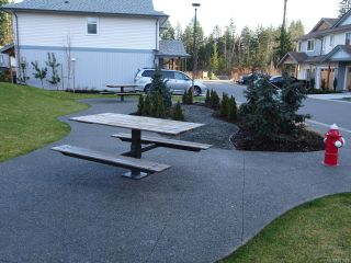 Photo 9: 42 2109 13th St in COURTENAY: CV Courtenay City Row/Townhouse for sale (Comox Valley)  : MLS®# 831816