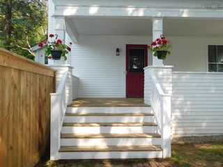 Photo 28: 15 LOCUST Avenue in Wolfville: 404-Kings County Multi-Family for sale (Annapolis Valley)  : MLS®# 202121091