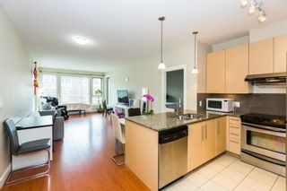 """Photo 7: 303 6268 EAGLES Drive in Vancouver: University VW Condo for sale in """"CLEMENTS GREEN"""" (Vancouver West)  : MLS®# R2572798"""