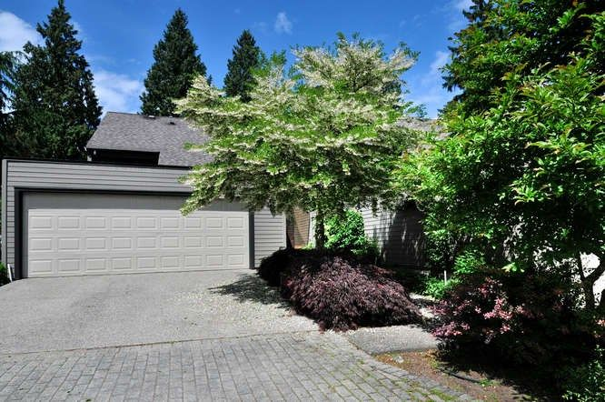 Well maintained town home at Nico Wynd Estates and Golf Club. Excellent location offering privacy, spectacular views of the gardens, greenspace and peekaboo view of the third green. Double garage plus driveway parking for 2 vehicles.