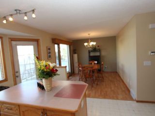 Photo 8: 1427 ERIN Drive SE: Airdrie Residential Detached Single Family for sale : MLS®# C3540507