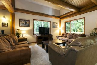 Photo 9: 1039 Scotch Creek Wharf Road: Scotch Creek House for sale (Shuswap Lake)  : MLS®# 10217712