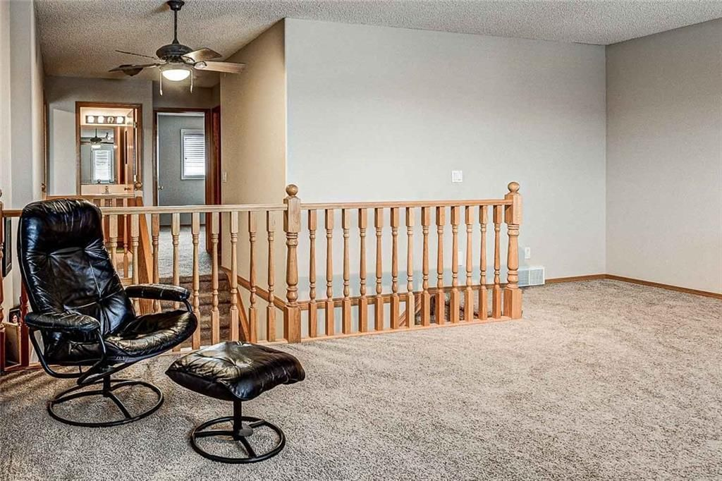 Photo 17: Photos: 25 THORNLEIGH Way SE: Airdrie Detached for sale : MLS®# C4282676