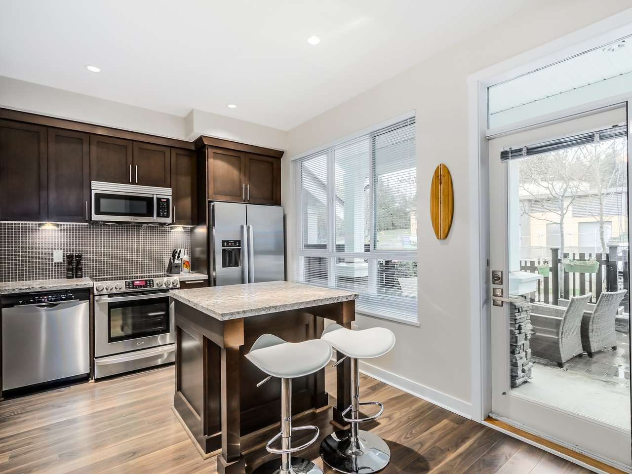 """Photo 8: Photos: 102 1480 SOUTHVIEW Street in Coquitlam: Burke Mountain Townhouse for sale in """"CEDAR CREEK NORTH"""" : MLS®# R2016018"""