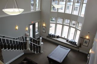 Photo 12: 402 2969 WHISPER Way in Coquitlam: Westwood Plateau Condo for sale : MLS®# R2037261