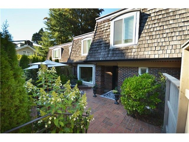 """Main Photo: 1449 MCRAE AV in Vancouver: Shaughnessy Townhouse for sale in """"MCRAE MEWS"""" (Vancouver West)  : MLS®# V992862"""