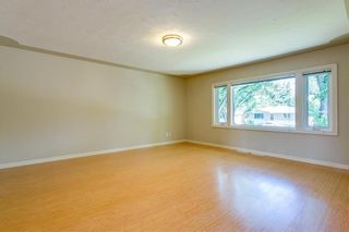 Photo 3: 2017 37 Street SE in Calgary: Forest Lawn Detached for sale : MLS®# A1101949
